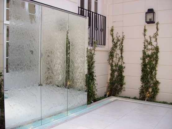 Amazing Outdoor Water Walls