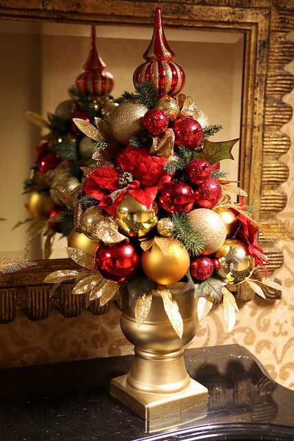Christmas Table Decoration Ideas Gold : Amazing red and gold christmas d?cor ideas digsdigs