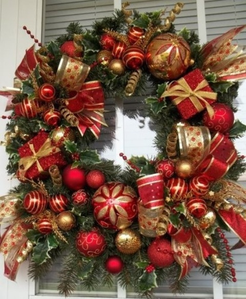 amazing red and gold christmas decor ideas - Red And Gold Christmas Decoration Ideas