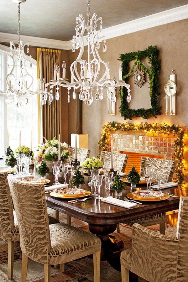 Beautifully Decorated Living Rooms For Christmas: 45 Amazing Christmas Table Decorations