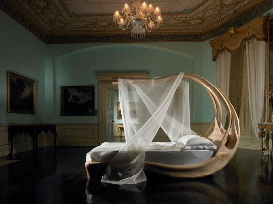 Amazing Wooden Canopy Bed – Enignum by Joseph Walsh