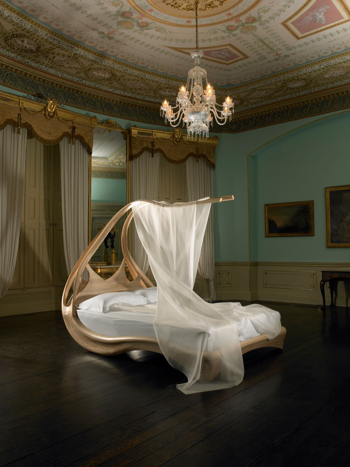 Amazing wooden canopy bed enignum by joseph walsh digsdigs Beautiful canopy beds