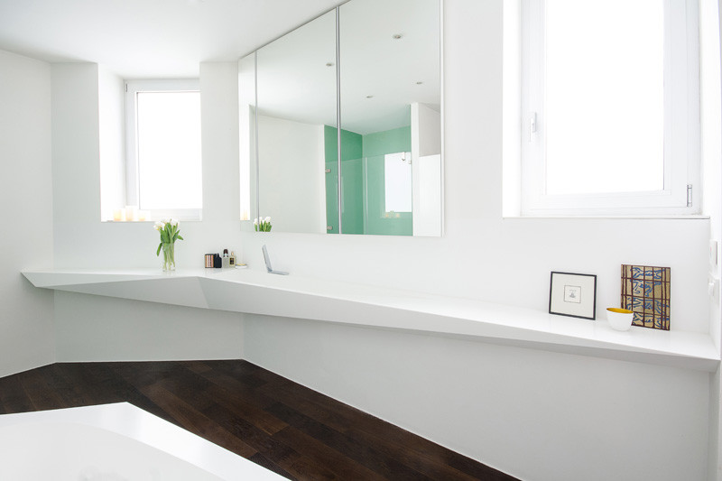 Picture Of angular bathroom inspired by the shape of ice  3