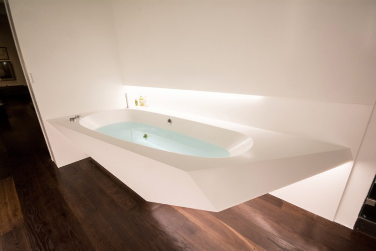 Awesome Angular Bathroom Design Inspired By The Shape Of Ice