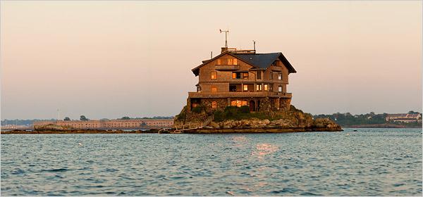 Architect Island Home