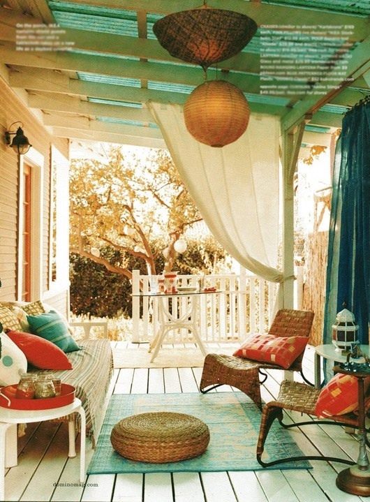 20 Awesome Bohemian Porch Décor Ideas - DigsDigs