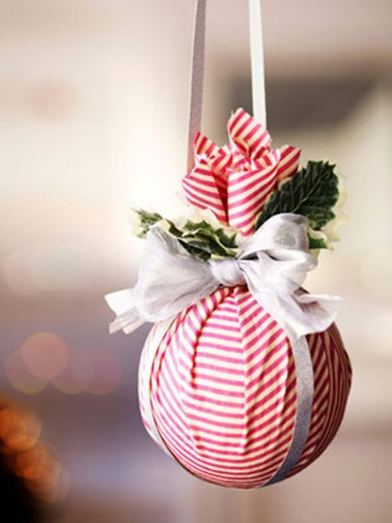 awesome christmas balls and ideas how to use them in christmas decor - Christmas Ball Decoration Ideas