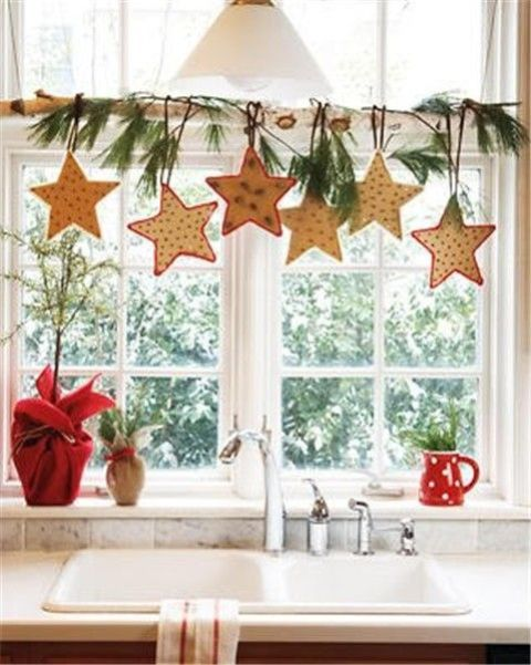 Decorating Ideas > 70 Awesome Christmas Window Décor Ideas  DigsDi ~ 060149_Christmas Decorating Ideas Home