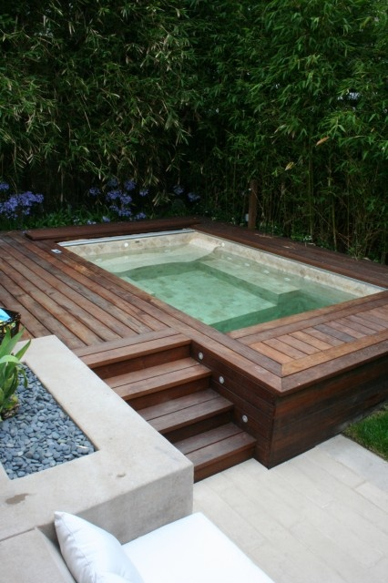 65 awesome garden hot tub designs digsdigs for Pool design with hot tub
