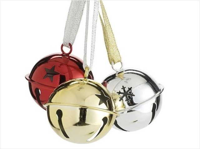 a trio of bells   silver, red, gold is a lovely holiday decor idea that can be used anywhere for a festive eel