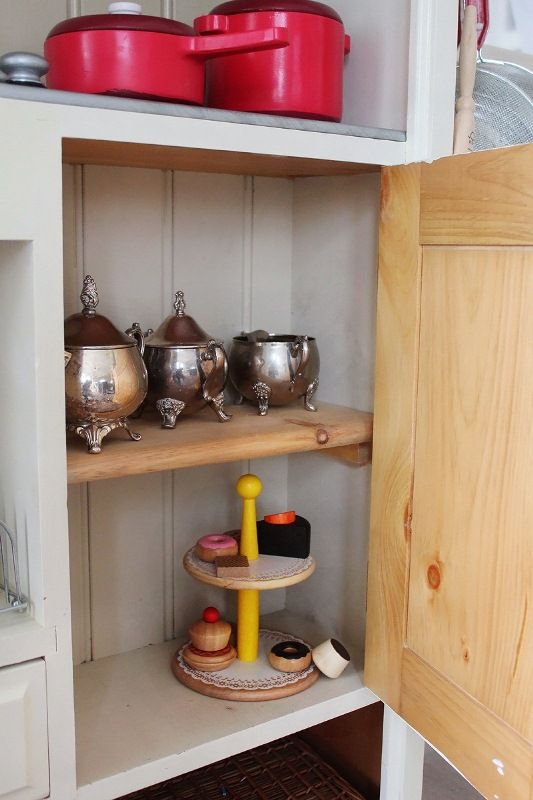 Awesome Kid' Kitchen Design Of A Vintage Dresser