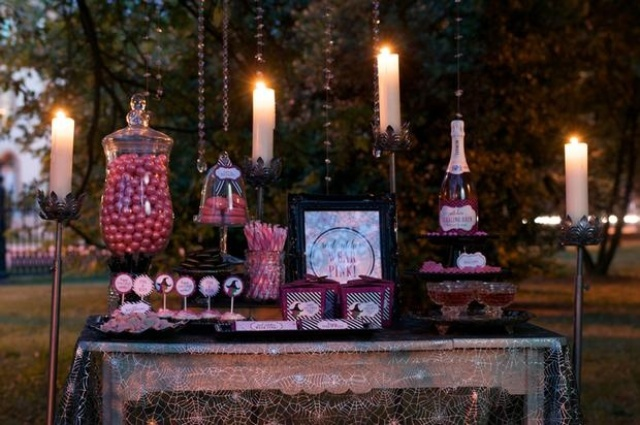 28 awesome outdoor halloween party ideas digsdigs