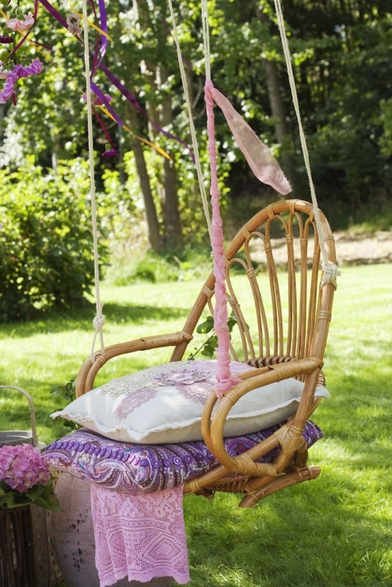 33 Awesome Outdoor Hanging Chairs Digsdigs
