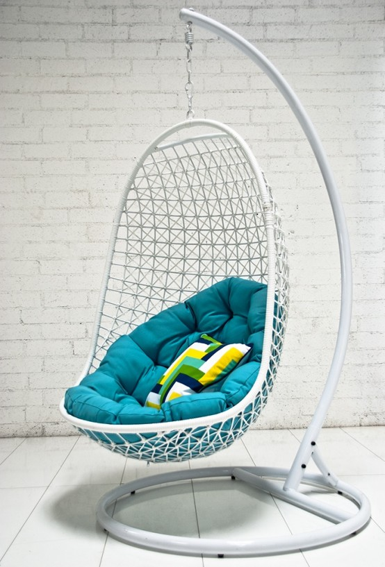 Awesome Outdoor Hanging Chairs