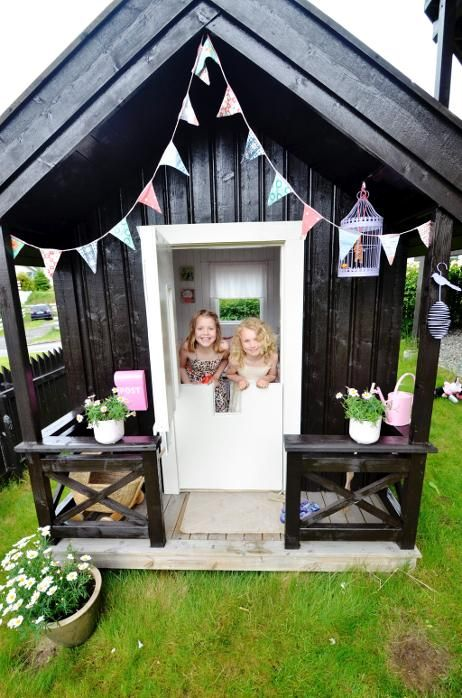 37 Awesome Outdoor Kids Playhouses That You Ll Want To