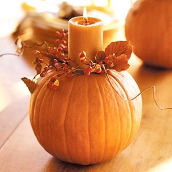 47 awesome pumpkin centerpieces for fall and halloween for Thanksgiving centerpieces with candles