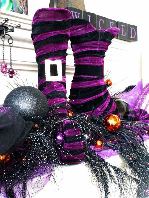 57 Awesome Purple Halloween Décor Ideas