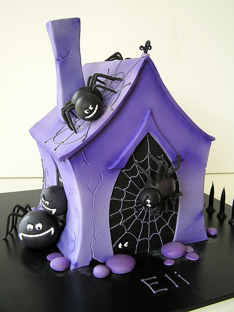 Cheap Purple Decorations For Living Room: 57 Awesome Purple Halloween Décor Ideas