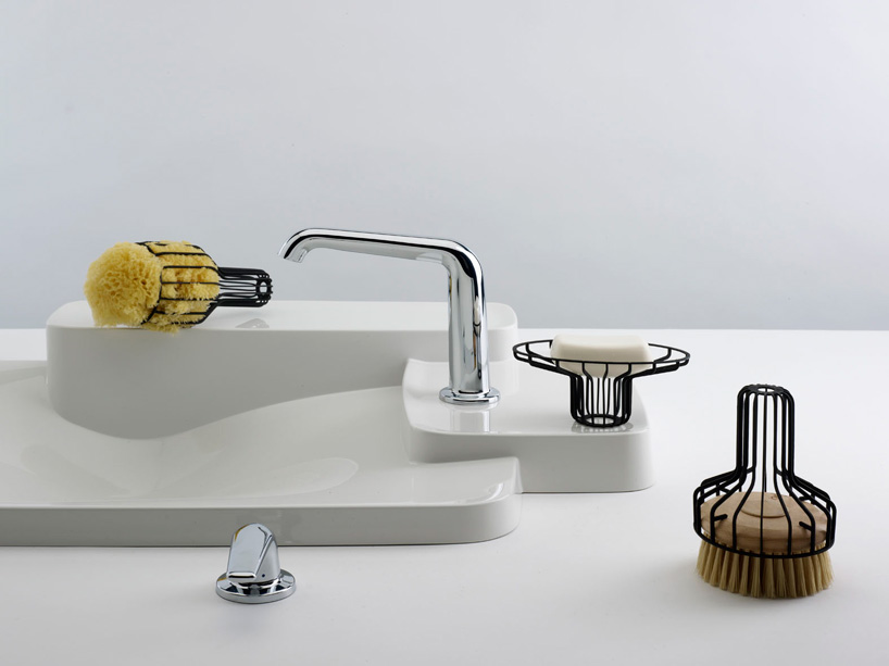 Creative Bathroom Accessories For Minimalist Sinks