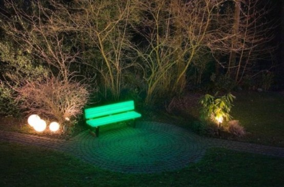 A Bench To Light Your Garden