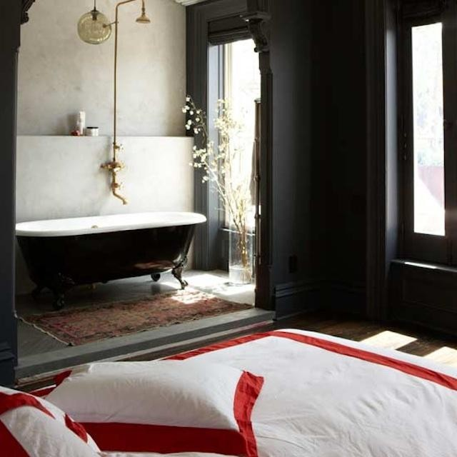 Romantic And Chic D 233 Cor 26 Baths In Bedrooms Digsdigs