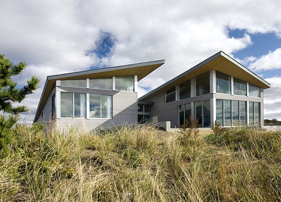 Modern Solar Powered Beach House Digsdigs