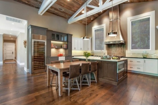 Beautiful Alamo Farmhouse Designed For Outdoor Living