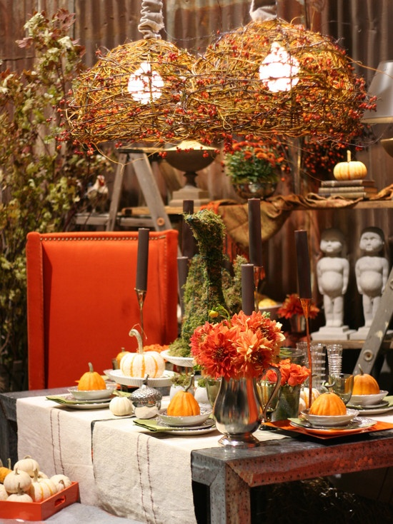30 beautiful and cozy fall dining room d cor ideas digsdigs for Pictures of fall table decorations