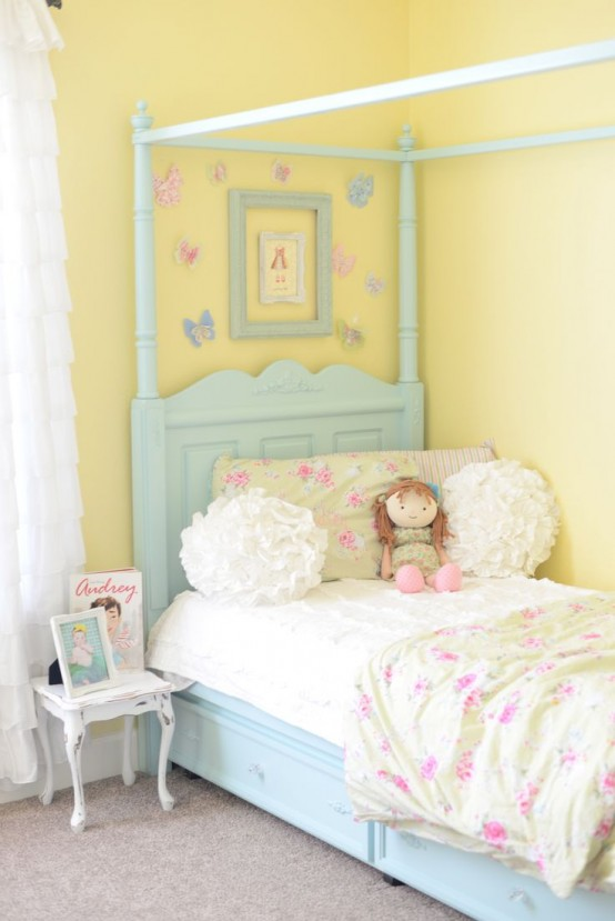 40 beautiful and cute shabby chic kids room designs digsdigs - Idea for a toddler girls room ...