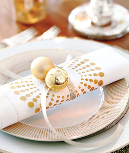 Beautiful And Sparkling New Year Table Setting