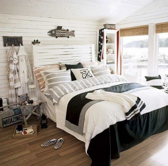 49 beautiful beach and sea themed bedroom designs digsdigs for Well decorated bedroom