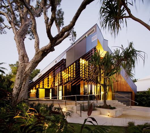 Beautiful Beach House - (w)right House