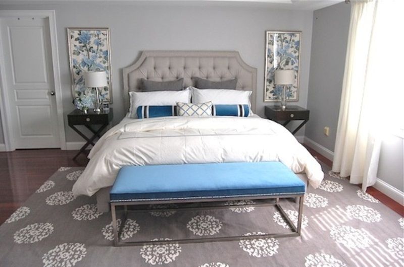 20 beautiful blue and gray bedrooms digsdigs for Grey and white bedroom designs