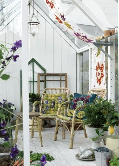 Small Sunroom Decor