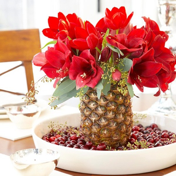 55 beautiful christmas centerpieces digsdigs Small christmas centerpieces