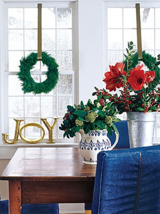Evergreen wreaths are stunning in their simplicity.