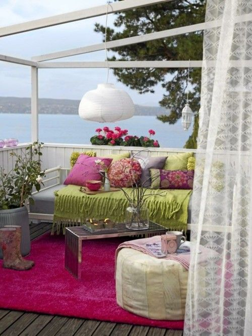 Beautiful Feminine Terrace Decor Ideas