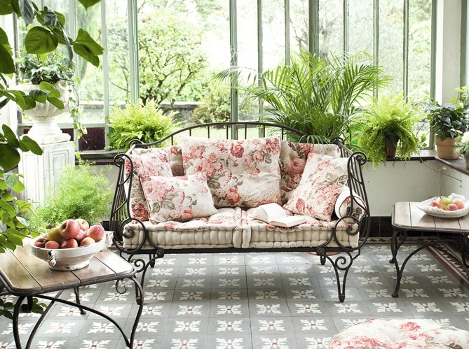 31 Beautiful Feminine Terrace And Patio Décor Ideas