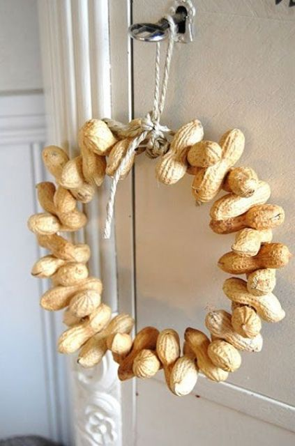 Beautiful Nut And Acorn Wreaths For Natural Fall Decor