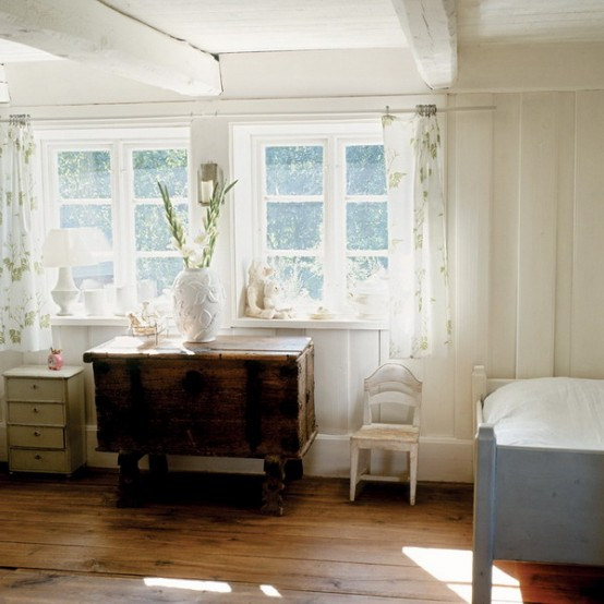 Beautiful White Vintage House In Sweden