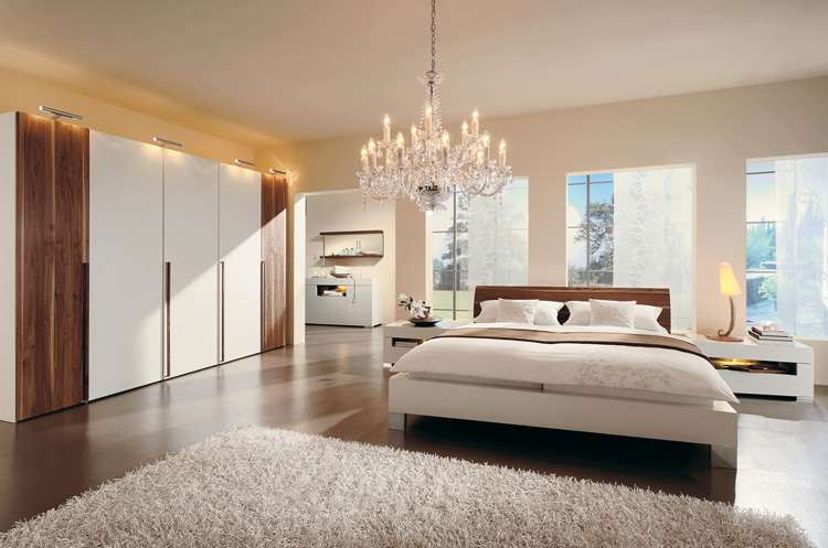 Superbe Warm Bedroom Decorating Ideas By Huelsta