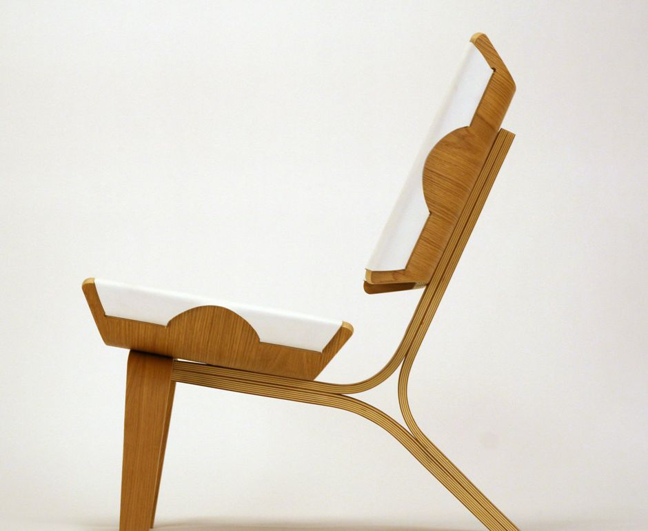 Aesthetically brilliant chair made of bent plywood and for New chair design