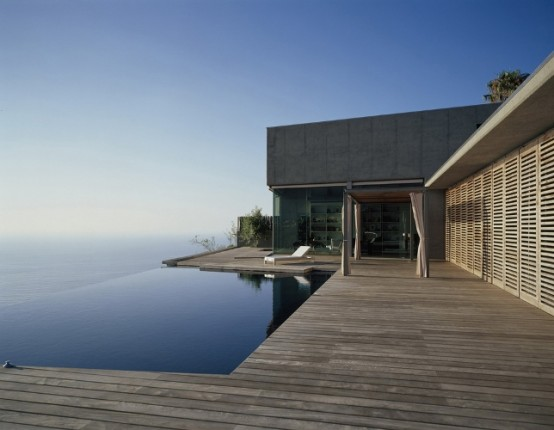 10 Best Modern House Designs of 2011