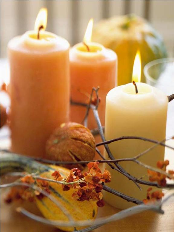 35 awesome thanksgiving centerpieces digsdigs Simple thanksgiving table decorations