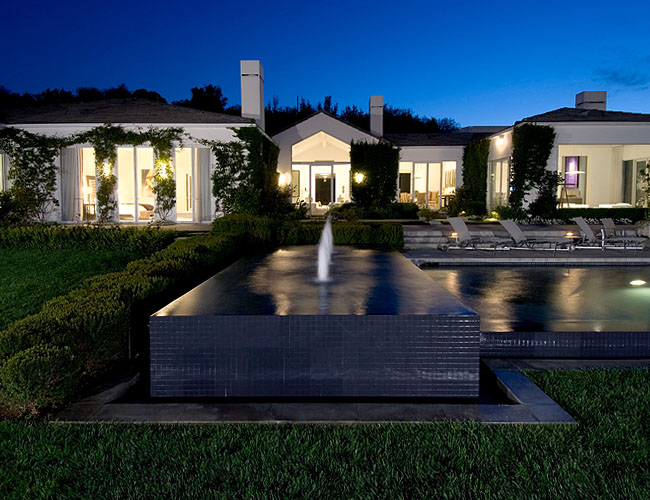 Beverly Hills Residence For Celebrities DigsDigs