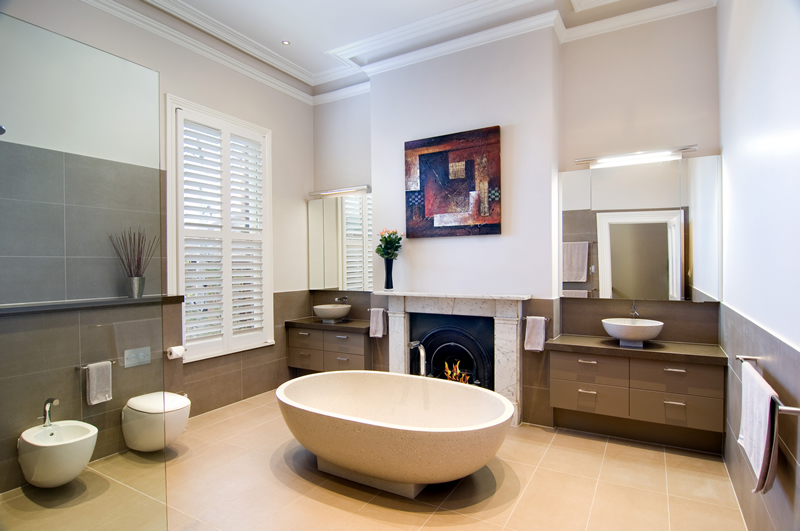 Big bathroom in Victorian style. Big Bathroom Award Winning Ideas   DigsDigs