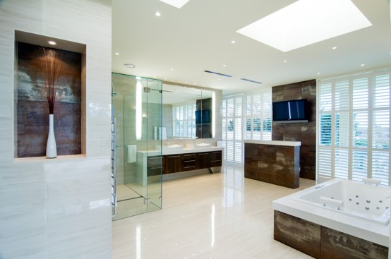 big luxury bathroom