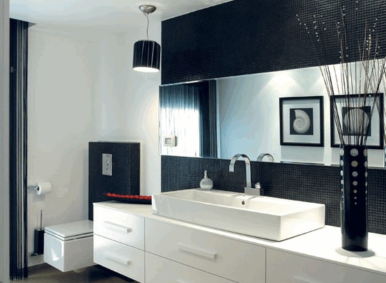 71 cool black and white bathroom design ideas digsdigs for Toilet interior design ideas
