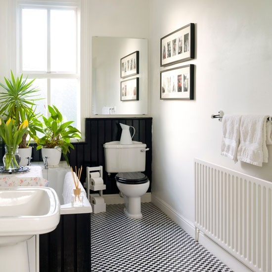 71 cool black and white bathroom design ideas digsdigs for Bathroom decor ideas uk