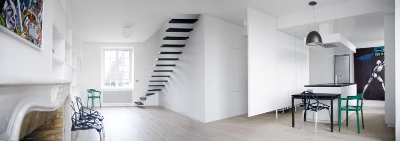 Black and White Flat Interior Design With Amazing Steel Staircase